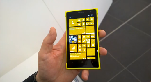 Windows Phone 8.1 Video demo on Lumia 1020
